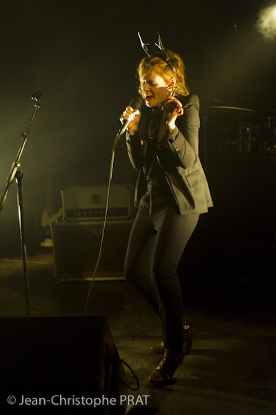 CHRISTINE & THE QUEENS - Queen of Pop. - Page 7 120204_CHRISTINE_AND_QUEENS_001